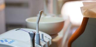 Co warto wiedzieć na temat implantów stomatologicznych?