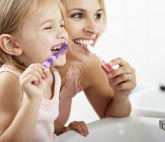 Mycie zębów u dziecka